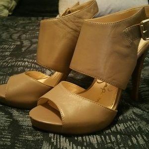 Jessica Simpson Tan Heels Size 8